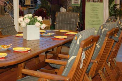 садовые кресла Rosendal, обеденный стол La Scala
